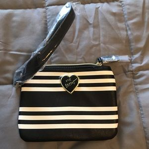 Betsey Johnson travel makeup bag